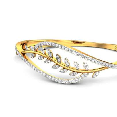 Neeharika Diamond Bangle